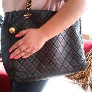 Chanel bag♡Weekend sale♡